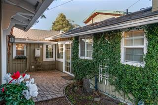 Just Sold in Capitola For $1,100,000
